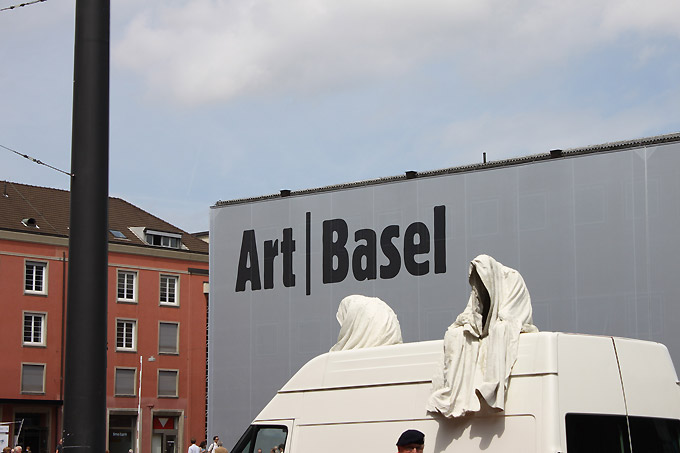 contemporary-artbasel-ghost-art-car-manfred-kielnhofer