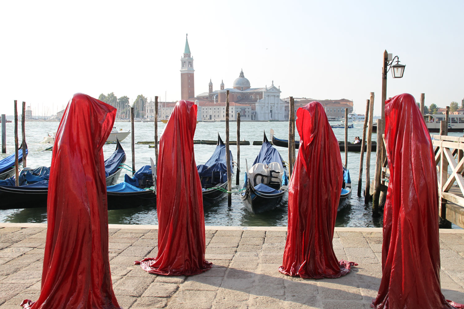 public biennale de arte venice international world light art arts design exhibition sculpture guardians of time manfred kielnhofer 4345