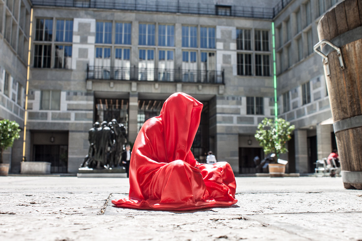 highlights-public-artbasel-kunsthaus-basel-scope-art-show-guardians-of-time-manfred-kielnhofer-steinreich-contemporary-art-sculpture-tour-art-parcours-1601