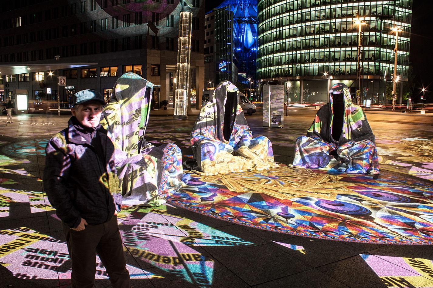 festival-of-lights-berlin-potzdamer-platz-light-art-show-exhibition-lumina-guardians-of-time-manfred-kili-kielnhofer-contemporary-arts-design-large-scale-monumental-public-sculpture-3525