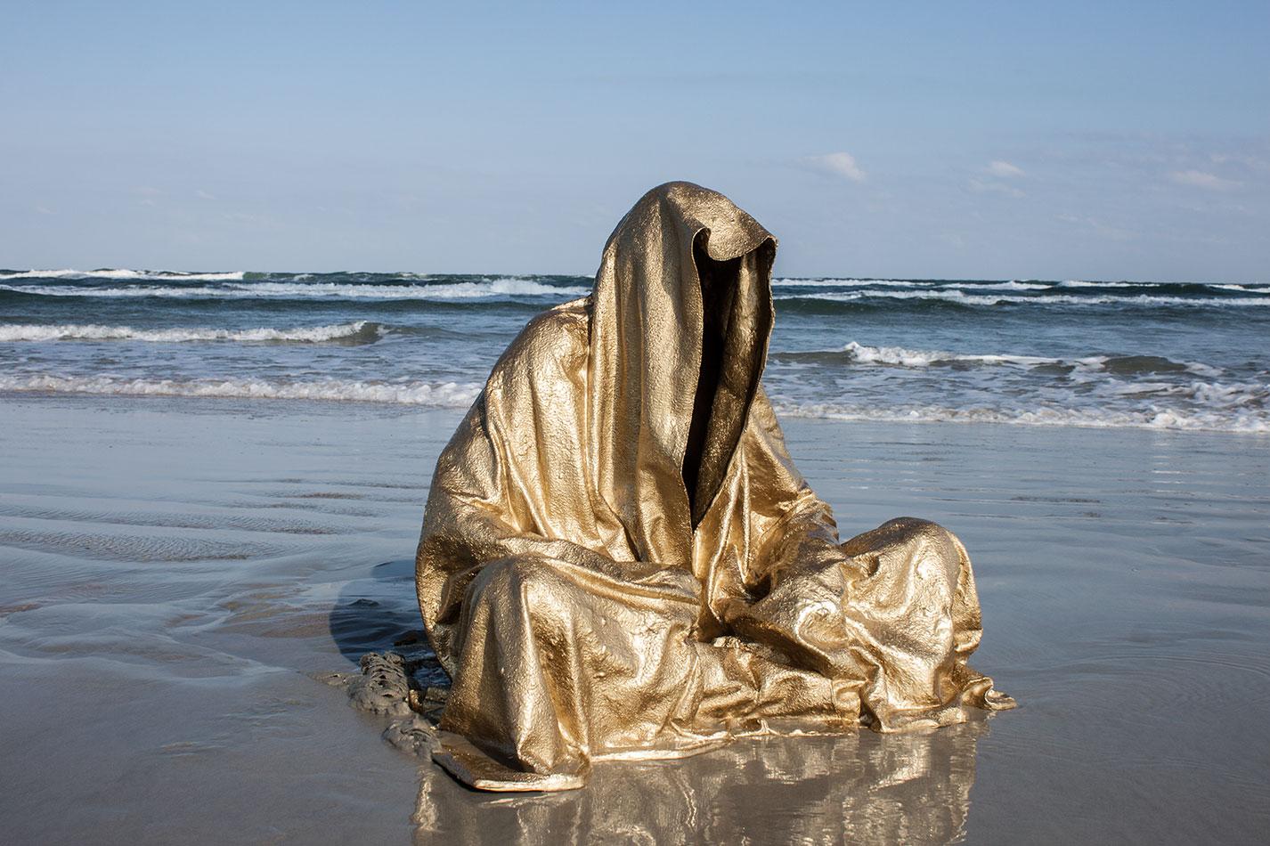 art-basel-miami-beach-fair-usa-florida-guardians-of-time-manfred-kili-kielnhofer-contemporary-fine-art-modern-arts-design-antiques-sculpture-5207