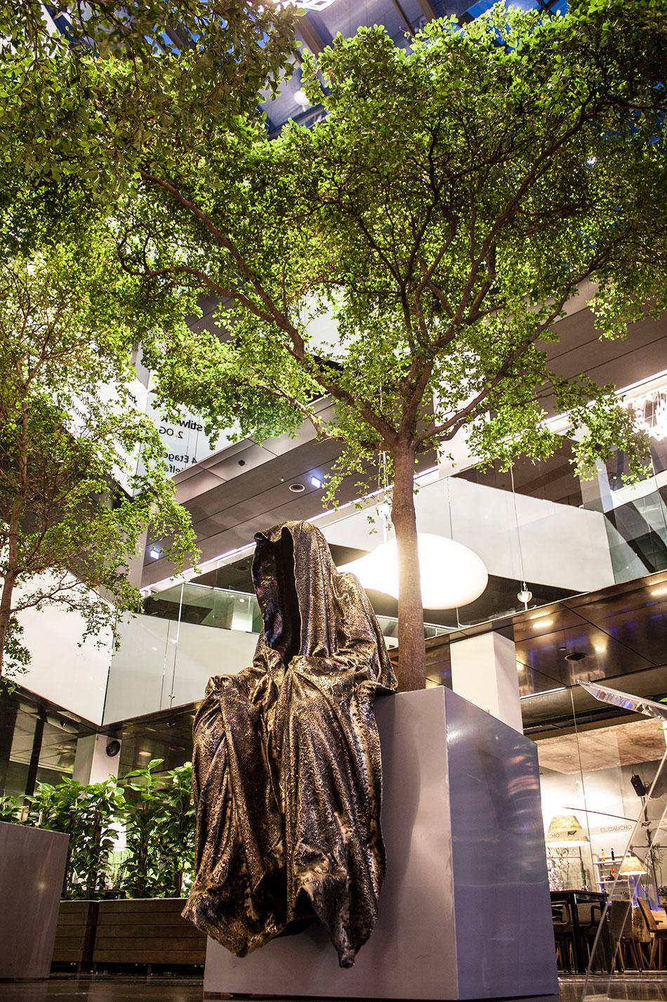 stilwerk-wien-design-tower-vienna-duekouba-designkooperation-guardians-of-time-manfred-kieli-kielnhofer-contemporary-fine-art-arts-design-installation-antique-show-4738