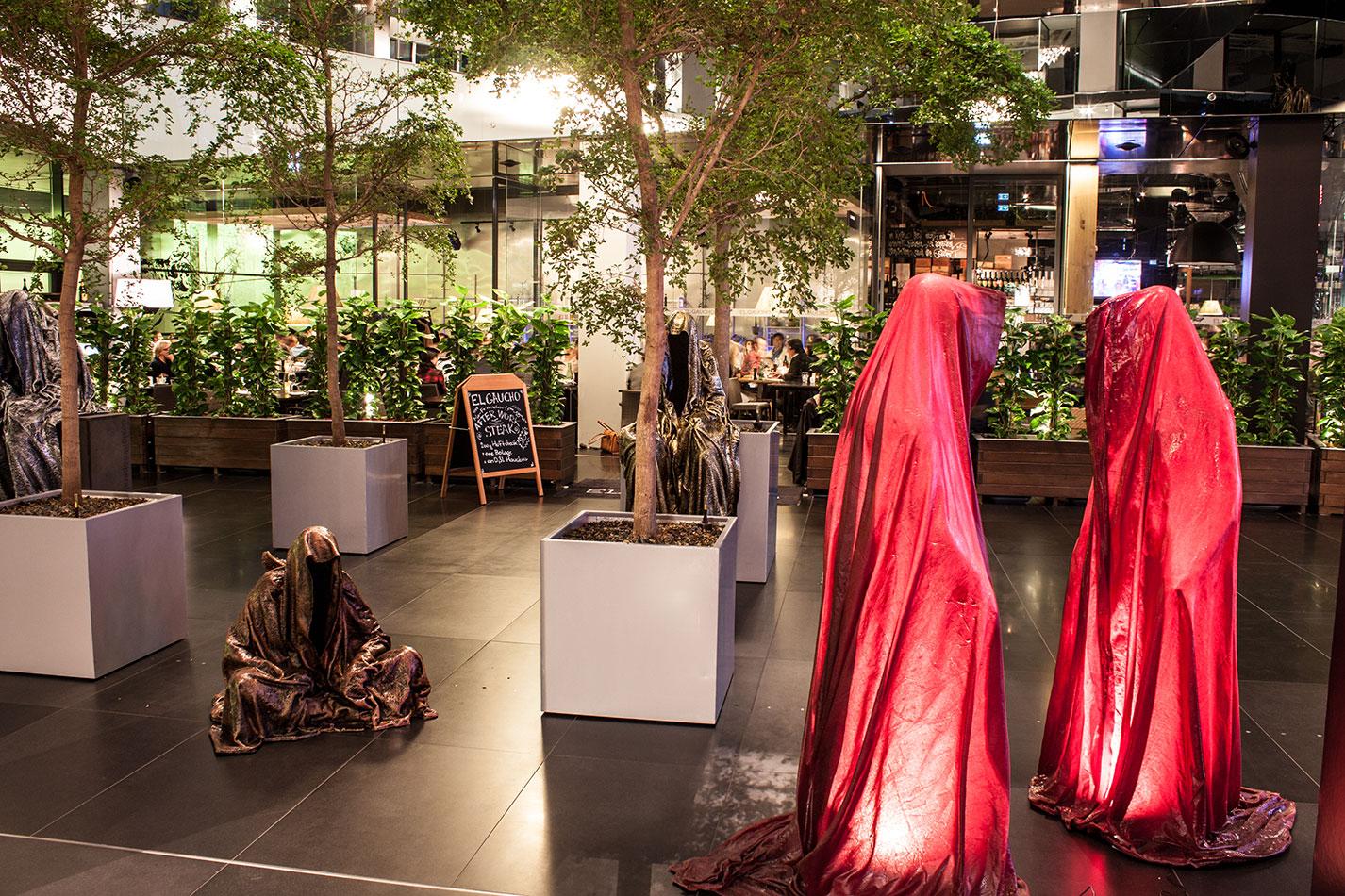 stilwerk-wien-design-tower-vienna-duekouba-designkooperation-guardians-of-time-manfred-kieli-kielnhofer-contemporary-fine-art-arts-design-installation-antique-show-4823