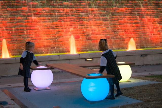 light ball bench manfred kielnhofer woodsland houston texas usa contemporary art design sculpture architecture public art_6133