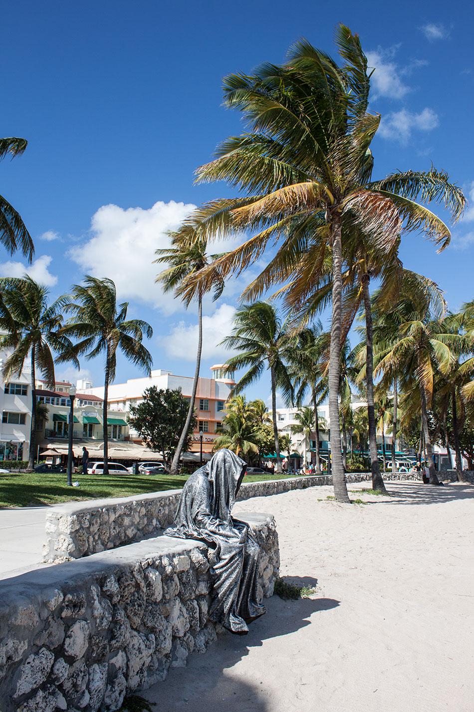 public-art-basel-miami-beach-fair-usa-florida-bass-museum-guardians-of-time-manfred-kili-kielnhofer-contemporary-fine-art-modern-arts-design-antiques-sculpture-6560