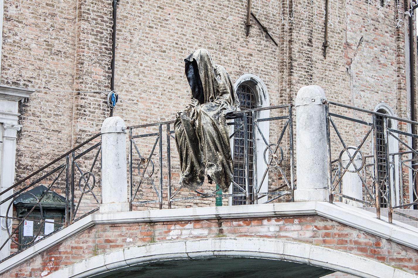 biennale-art-italia-venice-murano-glas-berengo-show-guardians-of-time-manfred-kielnhofer-public-contemporary-art-sculpture-design-7223