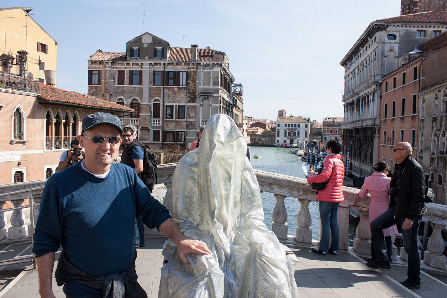 la-biennale-venezia-arte-venice-guardians-of-time-manfred-kili-kielnhofer-contemporary-art-arts-design-sculpture-performance-show-8020
